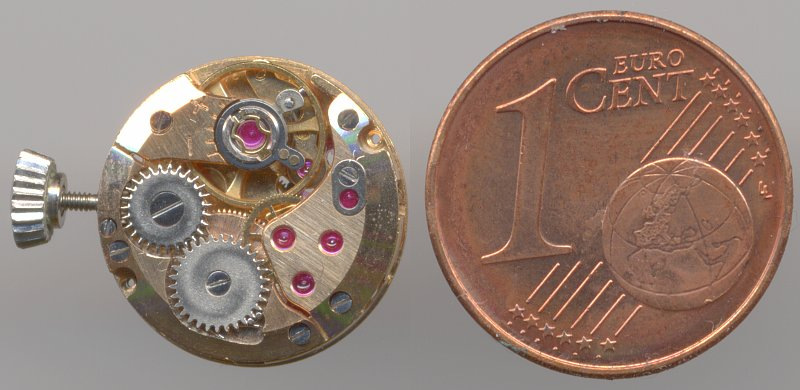 size comparison with a 1ct coin