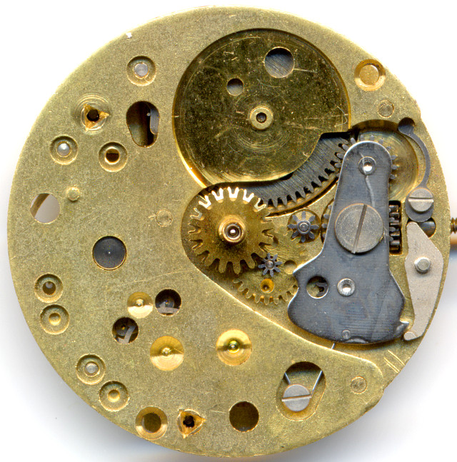 dial side without calendar mechanism