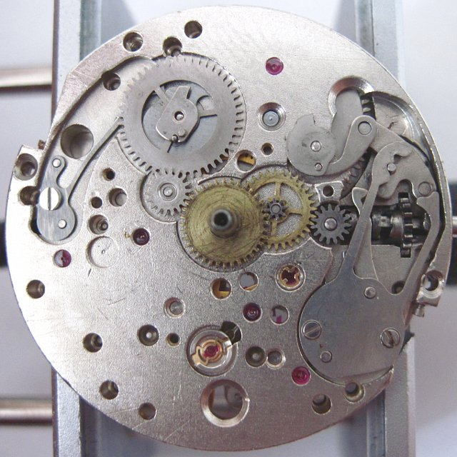 dial side view with open date mechanism