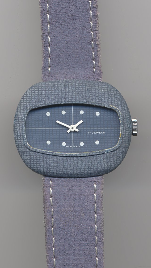 unmarked ladies' jeans watch